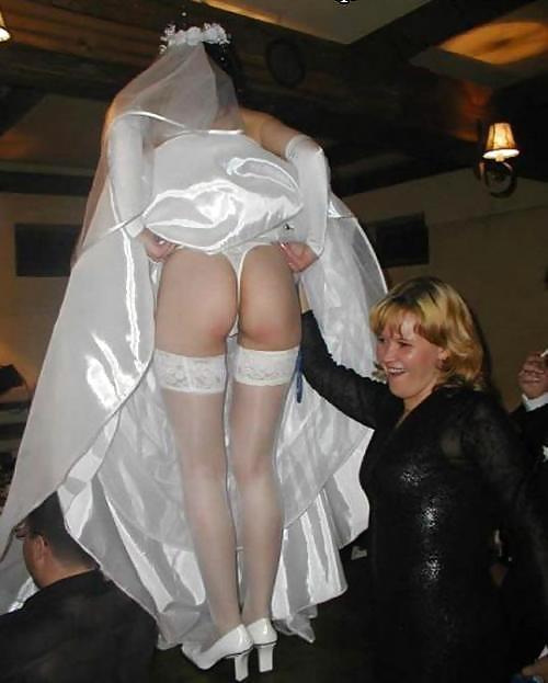 Невесты На Свадьбе Голые