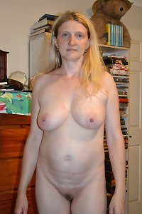 Sylvia, most beautiful preggo amateur ever