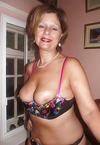 Amateur Homemade MILFs, Matures and Grannies #5